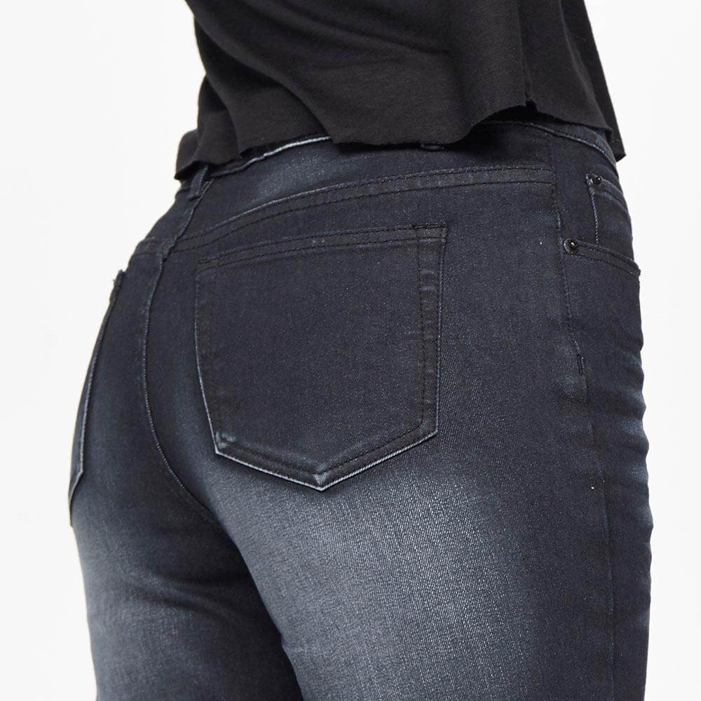 Jeans Mujer Tiro Medio Recto Crop Rolly go image number 3.0