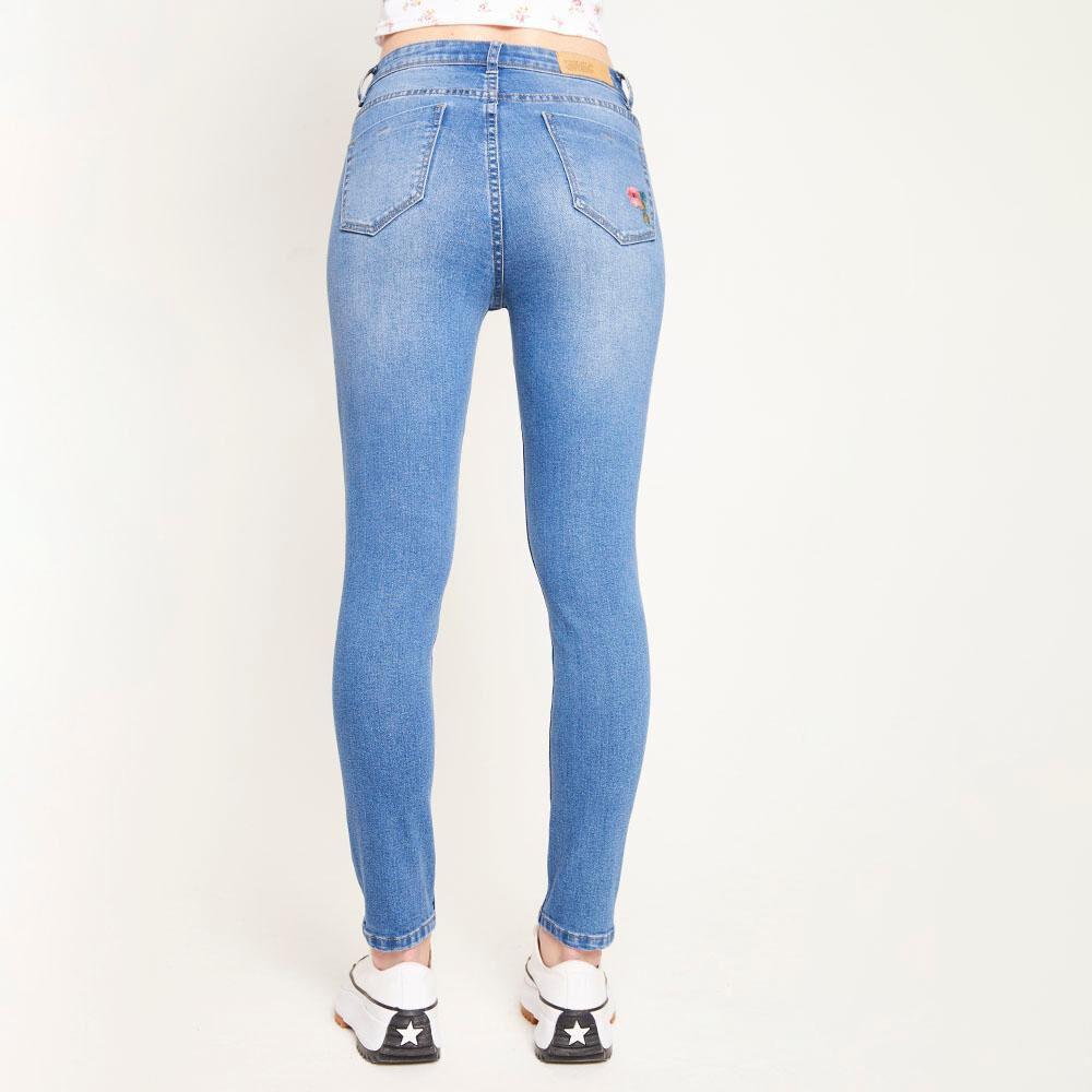 Jeans Bordado Tiro Alto Super Skinny Con Roturas Mujer Freedom image number 2.0
