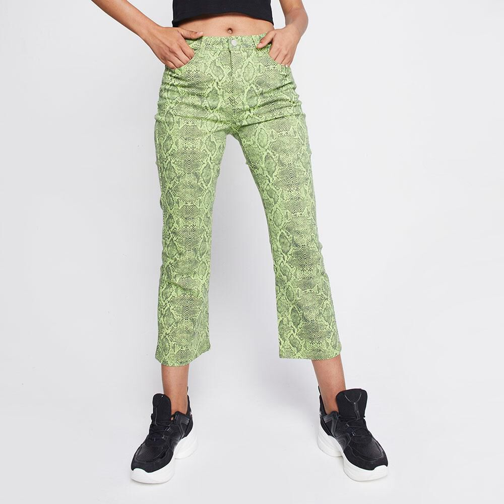 Jeans Mujer Tiro Medio Flare Crop Rolly go image number 0.0
