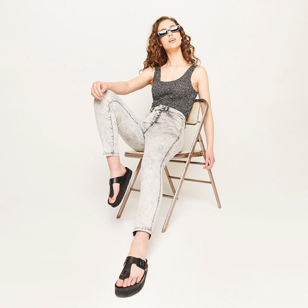 Jeans Botones Tiro Alto Super Skinny Mujer Freedom image number 1.0