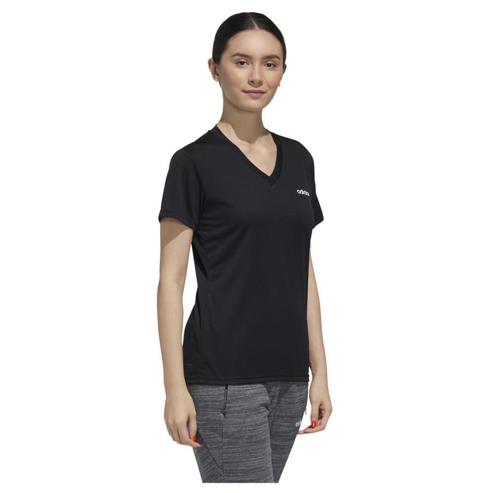 Polera Mujer Adidas Designed To Move image number 2.0