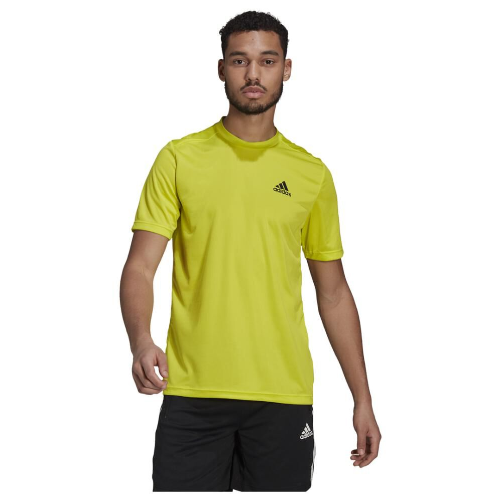 Polera Hombre Adidas Aeroready Designed To Move Sport image number 0.0