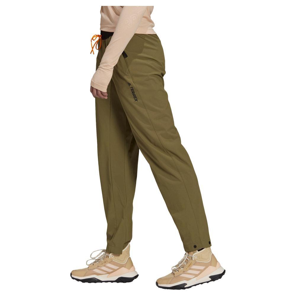 Pantalón De Buzo Mujer Adidas Terrex Liteflex Hiking image number 2.0