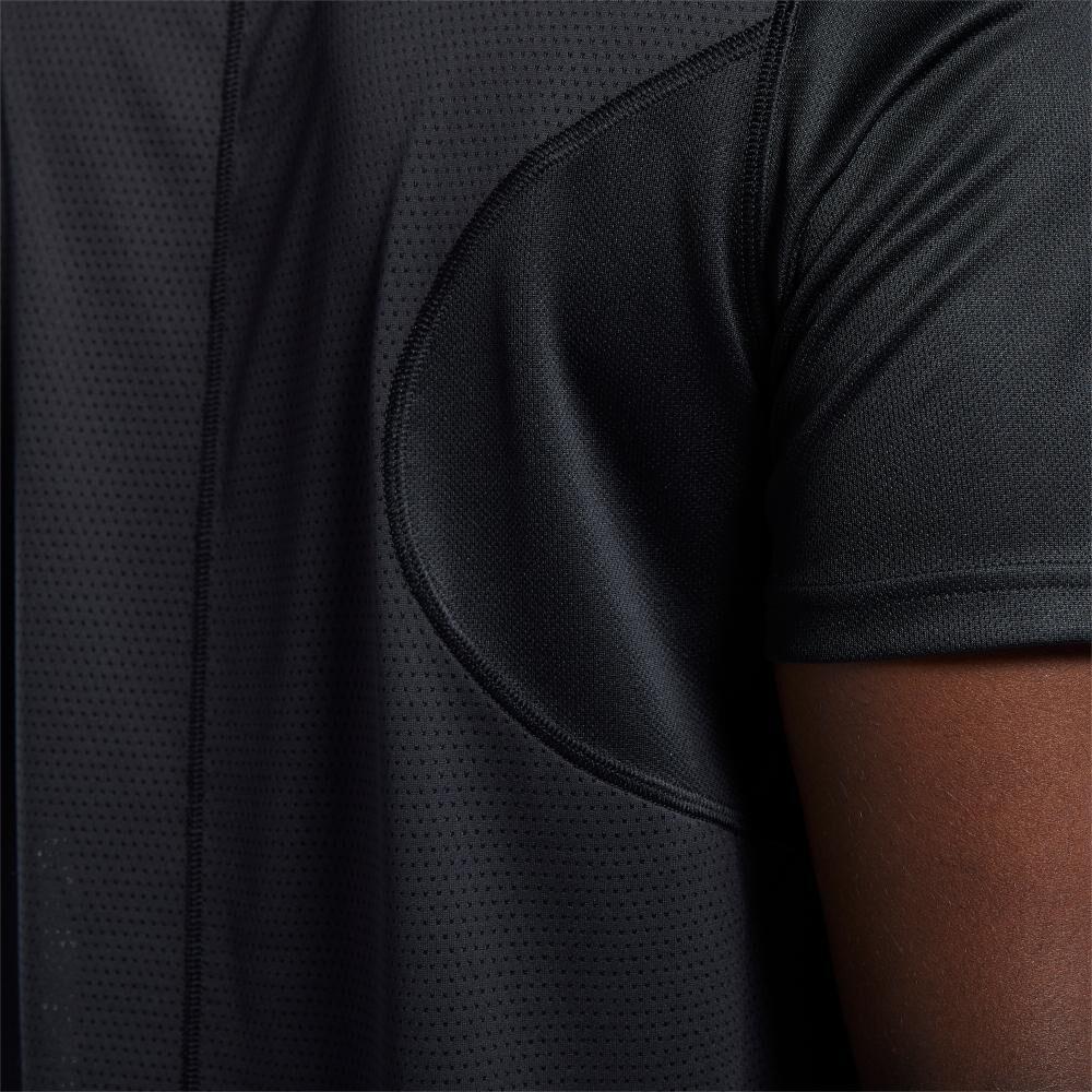 Polera Hombre Reebok Run Essentials Speedwick Short Sleeve Tee image number 3.0