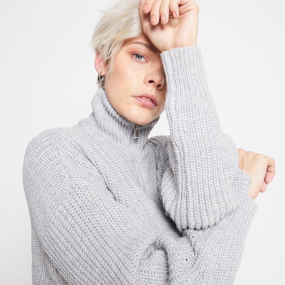 Sweater Tejido Cuello Alto Mujer Rolly Go image number 3.0