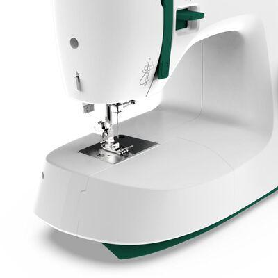 Máquina De Coser Necchi K121a