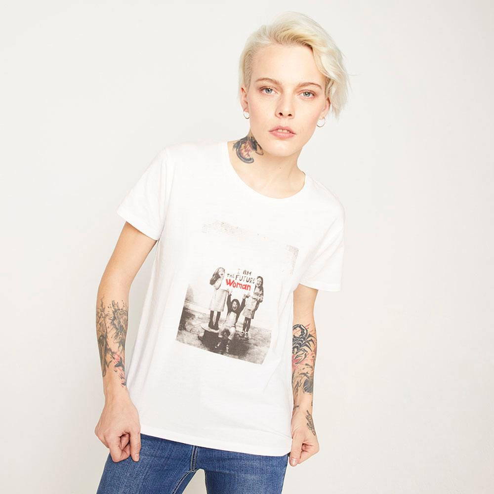 Polera Estampada Relaxed Fit Manga Corta Mujer Rolly Go image number 0.0