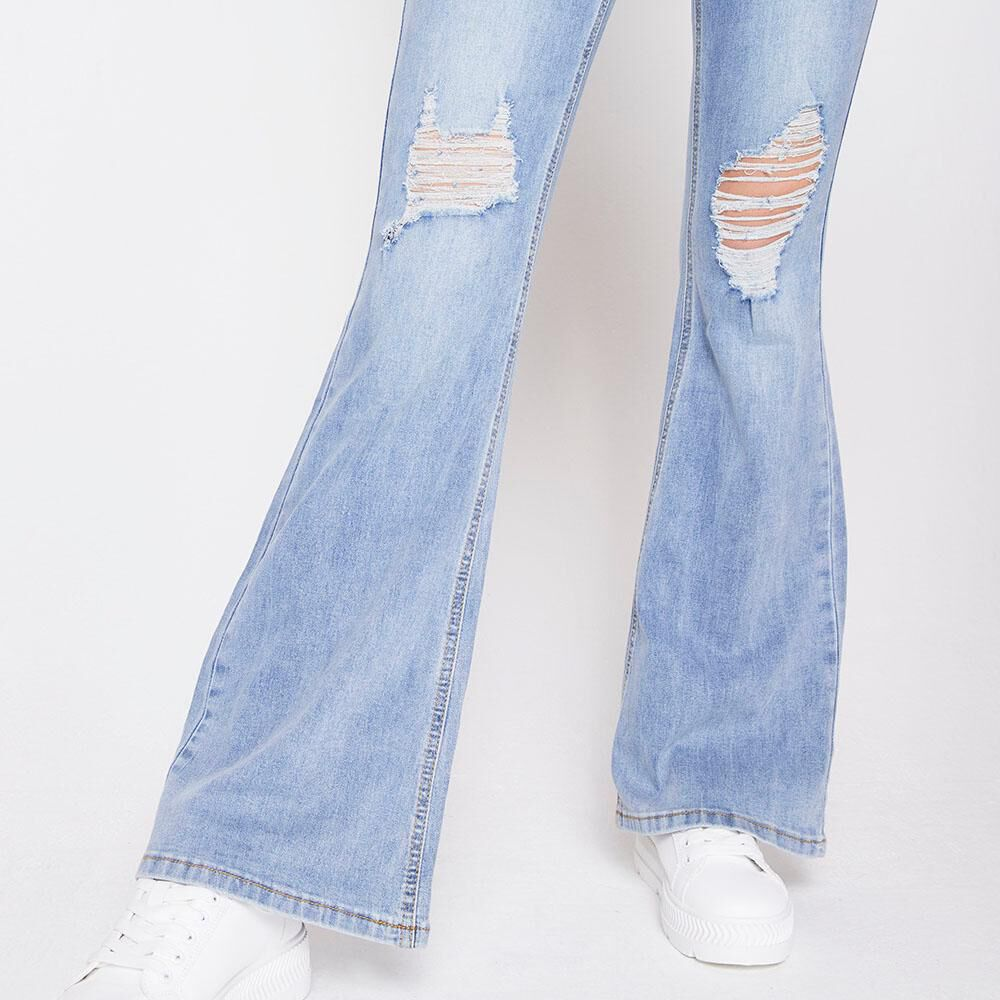 Jeans Tiro Alto Flare Roturas Mujer Freedom image number 4.0