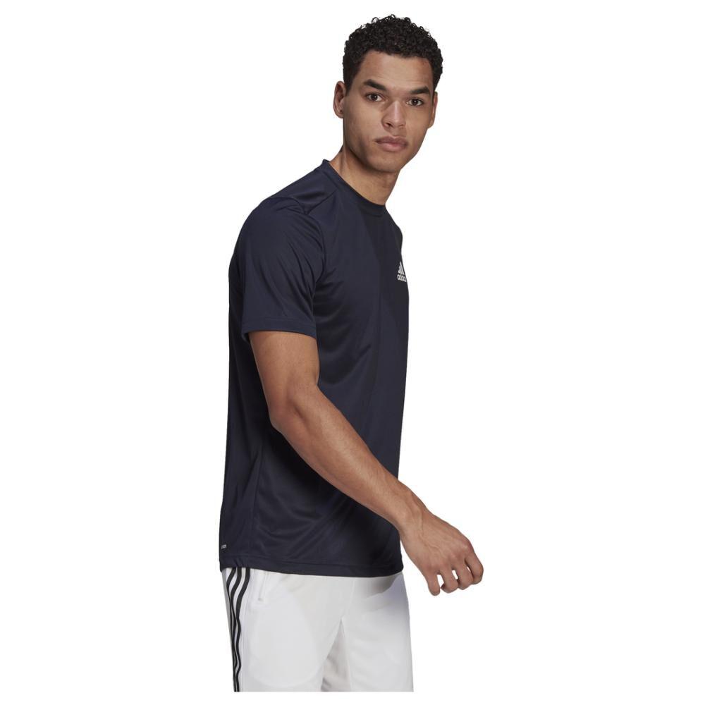 Polera Hombre Adidas Aeroready Designed To Move Sport image number 1.0