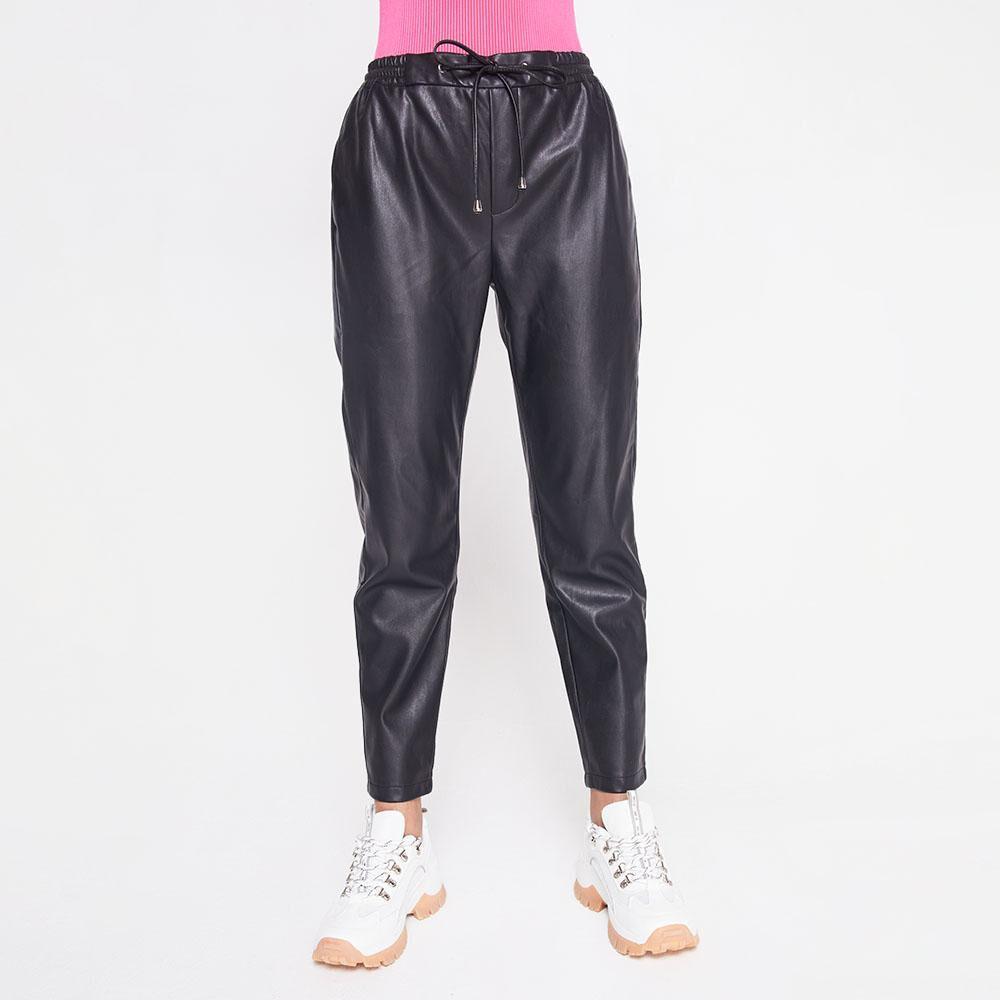 Pantalon Tiro Medio Regular Cuerina Mujer Rolly Go image number 0.0