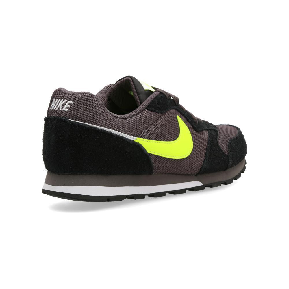 Zapatilla Urbana Md Runner 2 Es 1 Unisex Nike image number 2.0