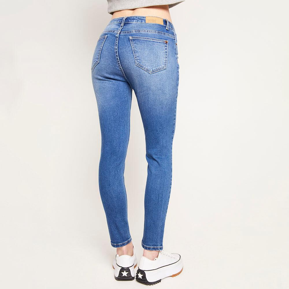 Jeans Tiro Alto Super Skinny Con Roturas Mujer Freedom image number 2.0