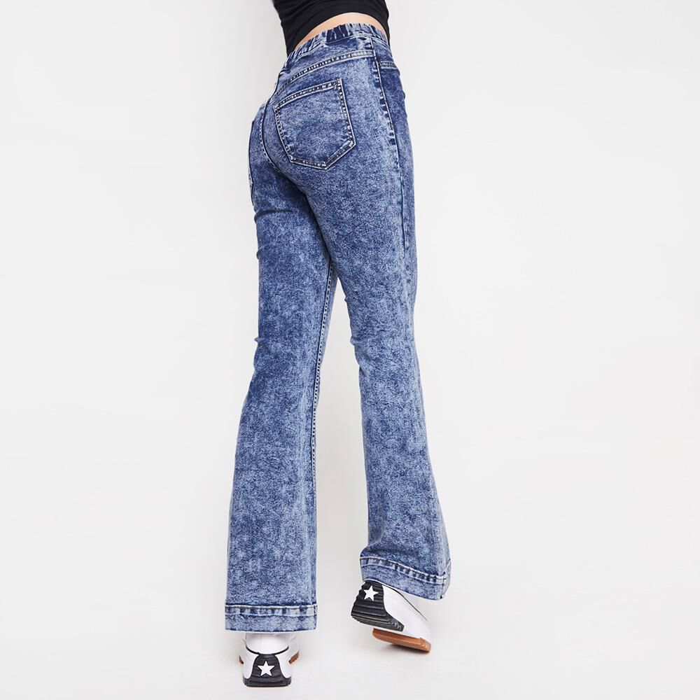 Jeans Mujer Tiro Alto Flare Freedom image number 2.0