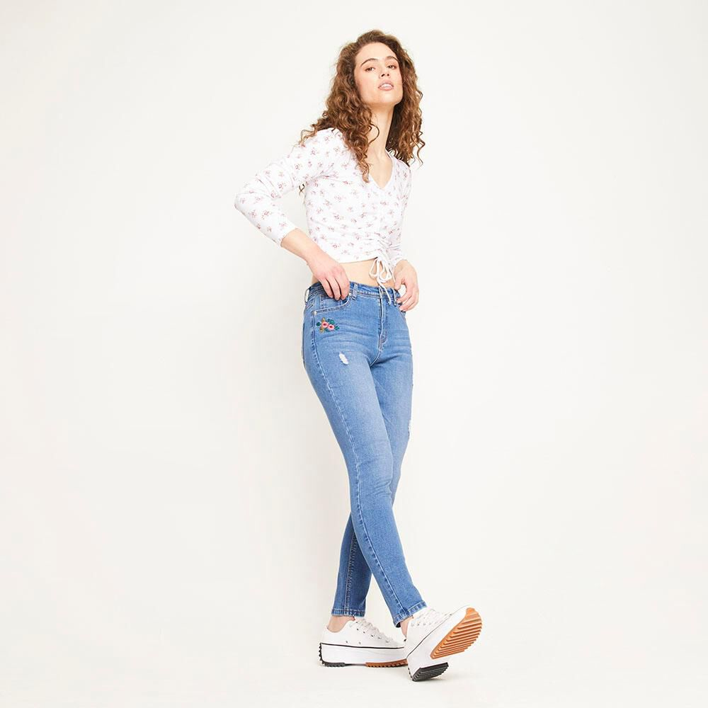 Jeans Bordado Tiro Alto Super Skinny Con Roturas Mujer Freedom image number 5.0