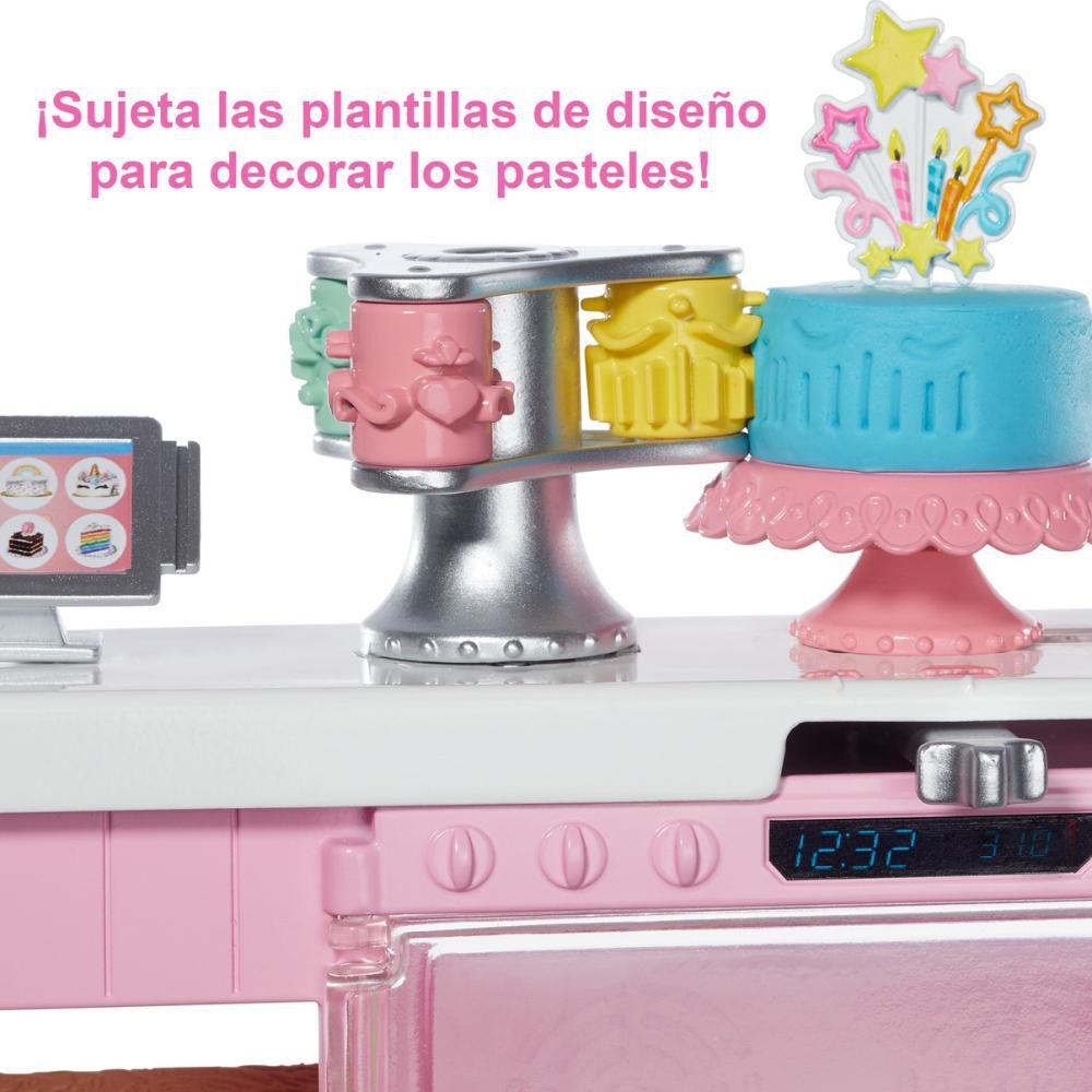 Muñeca Barbie Chef De Pasteles image number 2.0