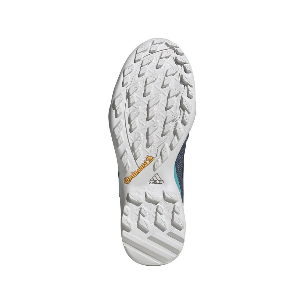 Zapatilla Outdoor Hombre Adidas Terrex Ax3 image number 3.0