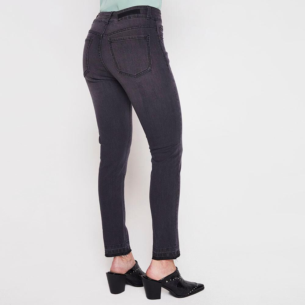 Jeans Crop Mujer Kimera image number 2.0