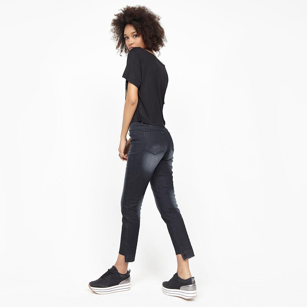 Jeans Mujer Tiro Medio Recto Crop Rolly go image number 1.0