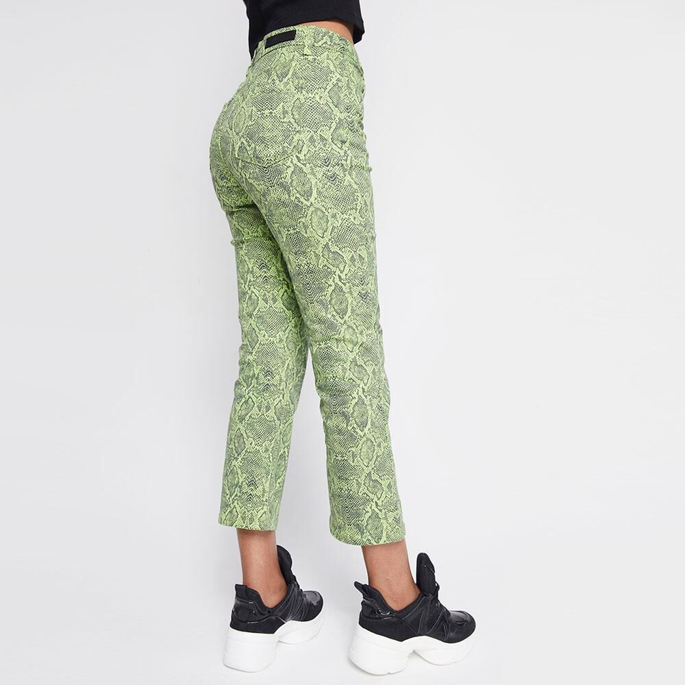 Jeans Mujer Tiro Medio Flare Crop Rolly go image number 2.0
