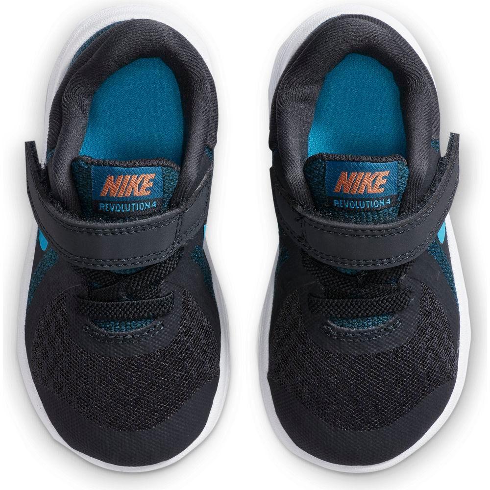 Zapatilla Niño Nike Revolution 4 image number 4.0