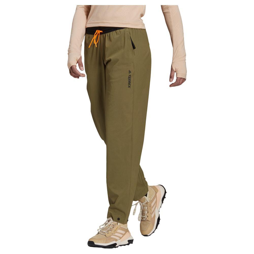 Pantalón De Buzo Mujer Adidas Terrex Liteflex Hiking image number 0.0
