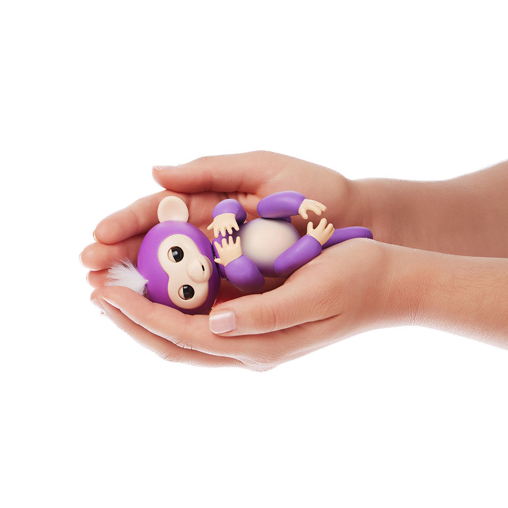 Muñeco Fingerlings Mia image number 1.0