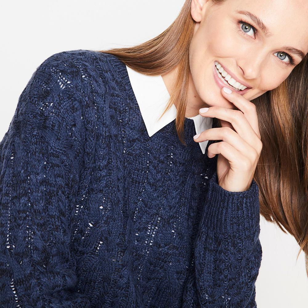 Sweater Jaspeado Trenzado Largo Mujer Geeps image number 3.0