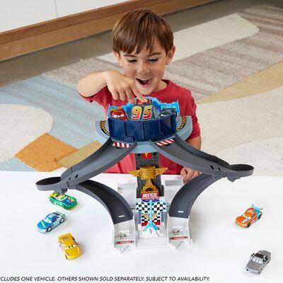 Disney Pixar Cars Pista De Juguete Pista De Entrenamiento Rust-eze
